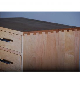 Dovetail Chest detail