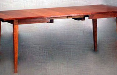 Extension Table With Self Storing Leaves