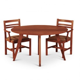 Elliptical Schermerhorn Table with chairs
