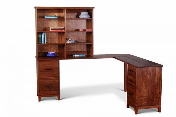 Corner-Desk-with-Bookshelf